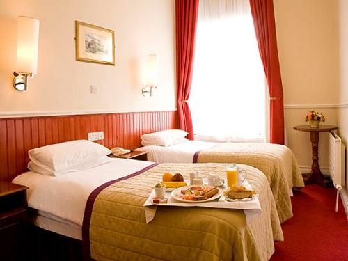 Hotel Lansdowne