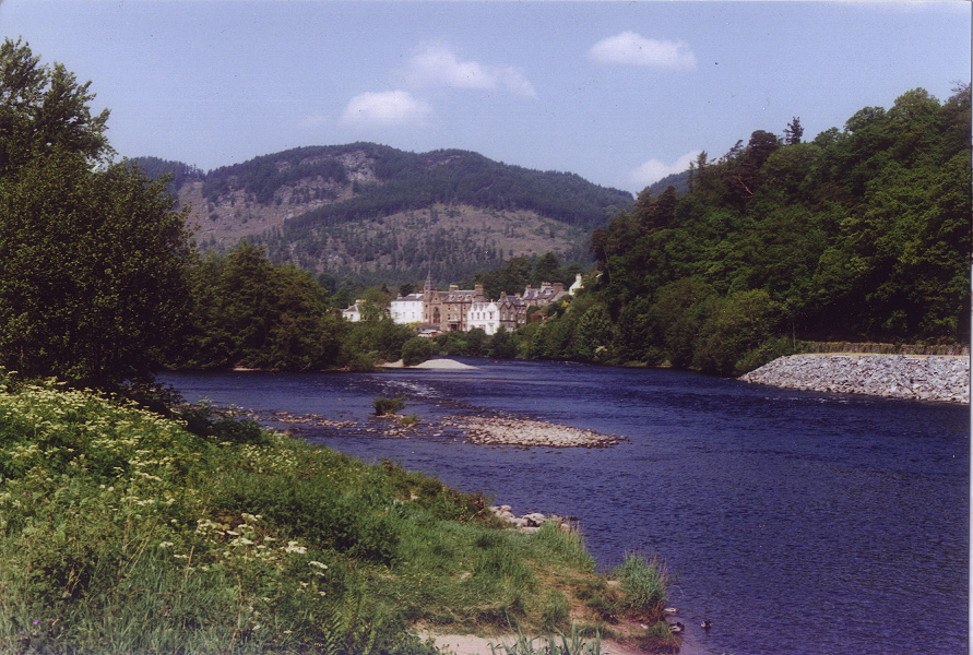 Dunkeld desde Birnam