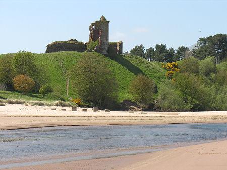 Bah�a de Lunan y el Castillo Rojo