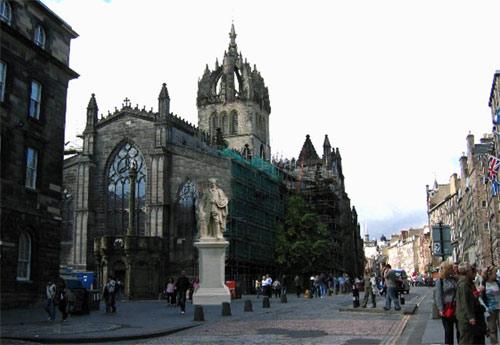 Viaje de la costa norte de Inglaterra a Escocia