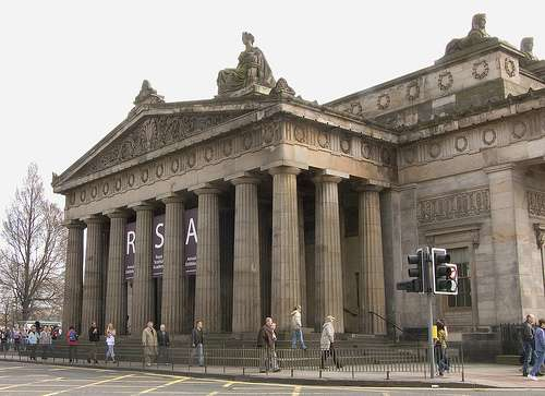La Real Academia y La Galeria Nacional en Escocia