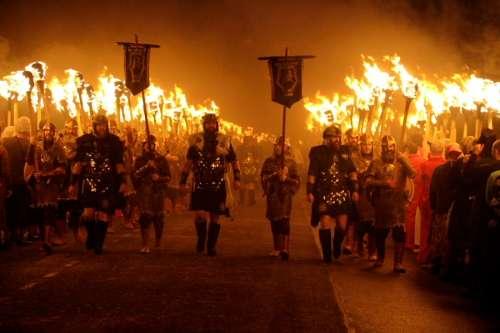 Los vikingos desembarcan en Lerwick en enero